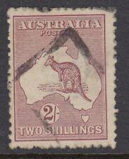 AUSTRALIA :1924 2/- maroon die II SG74 used
