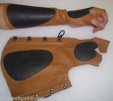 ARM combinatoire 1 L main gauche détient la arc avec l'Arc de gants parabracci