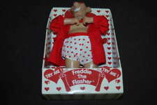 2003 FREDDIE THE FLASHER ANIMATED FIGURE SMOKING JACKET AND BOXERS NEW TY074