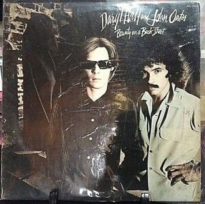 HALL & OATES Beauty On A Back Street Album Released 1977 Vinyl/Record Collection