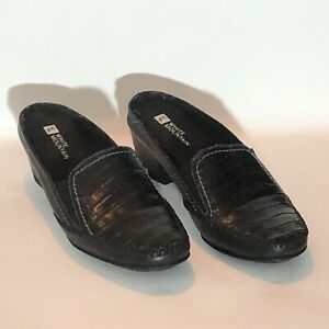 White Mountain Shoes Comfort Slip On Women's 6M