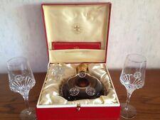 Remy Martin Louis XIII - im Baccarat Crystal Decanter mit Remy-Martin-Gläsern