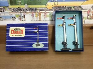 Boxed Vintage Hornby Dublo 32131 D2 2 Signals Double Arm Home and Inner Distant