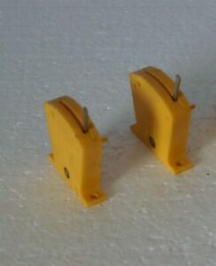 2 off Hornby / Triang Yellow Lever Switches - R046 On/On In good working order