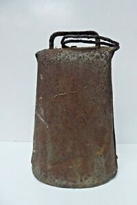 ANTIQUE ORIGINAL LARGE OLD METAL COW BELL