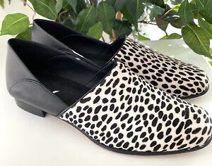 Clarks Black & White Spot Pure Tone Leather Loafer Size 8.5 M