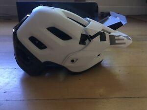 Met Roam Helmet with MIPS, size large