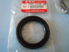 Suzuki Vitara - Grand Vitara & Tracker - 98-04 Inner Rear Wheel Seal (Genuine)