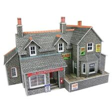Metcalfe PN154 Village Shop and Cafe (N scale card kit)