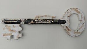 Key Shaped Key Rack with Five 7 Hooks Black & White