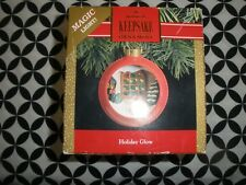 "1991 HALLMARK CHRISTMAS ORNAMENT ""HOLIDAY GLOW"" MAGIC LIGHT~N644"