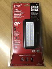 Milwaukee M12 ROVER Service & Repair Flood Light w/ USB Charging - 2367-20