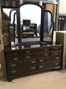 Ethan Allen Dark Wood 10 Drawer Dresser w/ Mirror