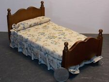 Dollhouse Miniature Single Bed Walnut with Floral Bedspread 1:12 inch scale K61