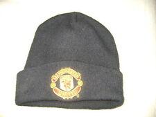 Manchester United cap head Hit