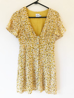 Polly Yellow Buttoned Shift Dress Size 8 Comfort Casual Women's Layered