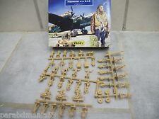 Boîte de Figurines - Heller - Personnel de la R.A.F. - 47 Pièces - Réf. 79647