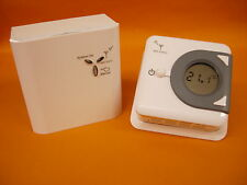 Digital Easy to Read Simple Wireless RF 868MHz  Room Thermostat Volt Free