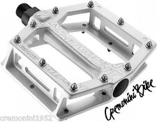 GIANT pedali flat bici mountain bike mtb DH enduro bike pedals white pedal-core
