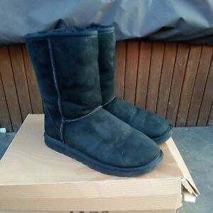 Genuine Black UGG Classic Sheepskin Boots UK 6.5 Boxed