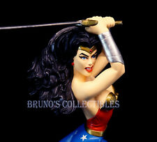 Hippolyta as Wonder Woman Bust Woman of the DC Universe Statue Amanda Conner
