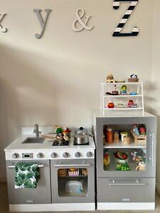 hipkids Toy Kitchen
