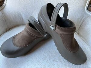CROCS TROIKA Womens W 7 Taupe Rubber Brown Suede Clogs Slip On Comfort Shoes Rar