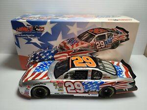 2002 Kevin Harvick #29 Tribute RCR Chevrolet 1:24 NASCAR Action GM Dealers MIB