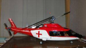 Hubschrauber 450 T-REX in Rupf-GFK verbaut und grob eingestellt