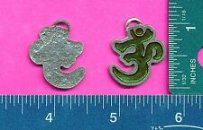 lead free pewter chakra om aum  pendant with green epoxy 5137-4