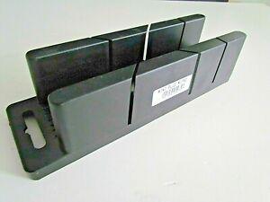 180mm MINI MITRE BOX FOR CUTTING TILE TRIMS, BATH TRIMS, QUADRANTS TO 45Deg