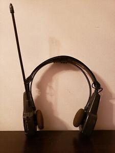 Used. Vintage GPX AM/FM FOLDING BLACK RADIO HEADPHONES.  MODEL #AHP1100A