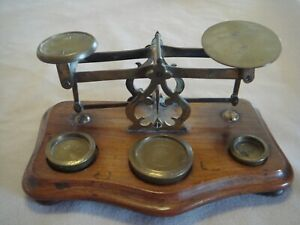 ANTIQUE VICTORIAN WINDLE & BLYTH BRASS & MAHOGANY POSTAL SCALE W/3 WEIGHTS
