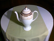 Wedgwood - Porzellan - CORNUCOPIA - Kaffeekanne 0,9L - neu