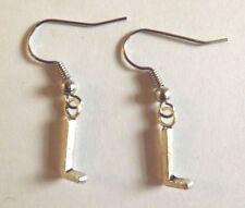 Boucles d'oreilles argentées lettre L 16x6 mm