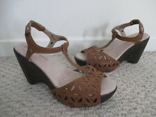 J-41 Oslo Brown Wedge Shoes Size 9 Adventure On