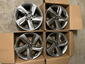 "Hyundai Veloster Turbo Genuine 18"" Rims"