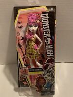 Monster High Ghouls Getaway Spectra Vondergeist Doll 2015 Mattel New