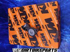 NEW Clutch Slave Cylinder Kit KTM 125 144 150 200 Output Piston Engine Motor OEM
