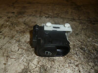 MERCEDES C180 2.0 AUTO 2001 5DR NS PASSENGER SIDE REAR WINDOW SWITCH A2038200210