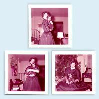 WOMAN w/ CHRISTMAS TREE & PUPPY DOG - c1950s WHITE BORDER VTG PHOTO SNAPSHOT LOT