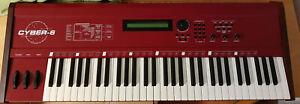 Quasimidi Cyber 6 Masterkeyboard mit Motivator MIDI TR-Sequenzer Arpeggiator