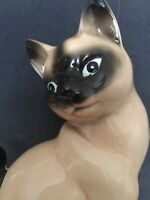 VINTAGE PORCELAIN  1960s KITCH RETRO BLUE EYED SIAMESE CAT MADE IN JAPAN IN GC