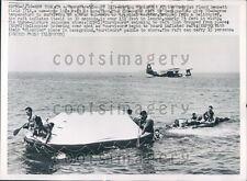 1952 US Navy Life Raft Demonstration Floyd Bennett Field NY Press Photo