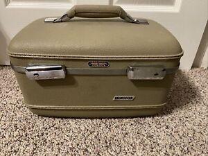 Vintage American Tourister Tri Taper Train Makeup Case Hard Luggage Beige 60s