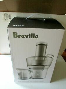 New Breville BJE200XL Compact Juice Fountain 700-Watt Extractor in Box