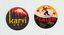 2 Anciennes petites étiquettes Fromage     Suède    Ski Montagne Volcan