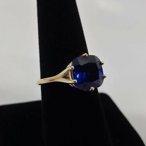 Lab created blue Sapphire ring cushion cut in gold or silver