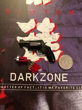 Virtual Toys The Dark Zone Rioter Shotgun Pistol & Shells loose 1/6th scale