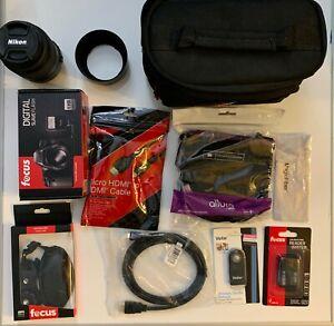 BUNDLE Nikon AF-S DX NIKKOR 55-300mm f/4.5-5.6G ED Vibration Reduction Zoom Lens
